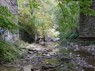 creek-underpass